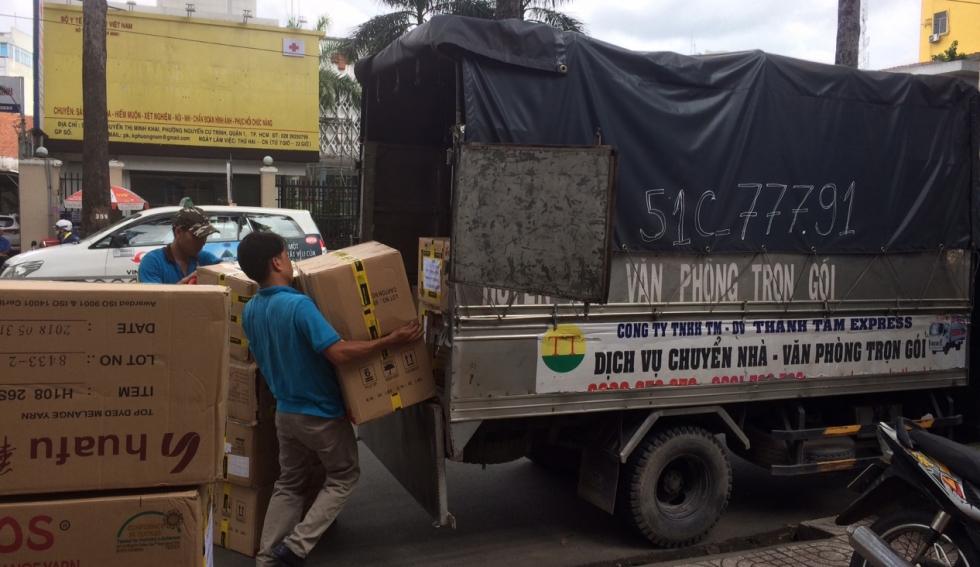 Dịch vụ thuê xe tải chở hàng giá rẻ tại Chuyển nhà Thành Tâm Express