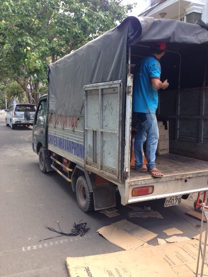 Xe taxi tải quận 4 chuyển nhà Thành Tâm